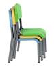 Particolare colori sedioline sovrapposte