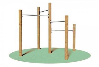 GRUPPO GINNICO composto da n°5 pali verticali di altezza variabile e n°4 barre orizzontali
